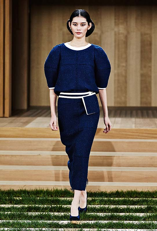 chanel-spring-summer-2016-couture-outfit-8-blue-dress