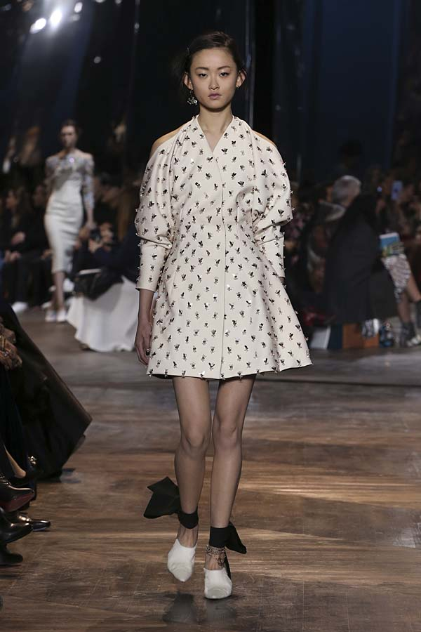 dior-spring-summer-2016-couture-outfit-25-paris-fashion-week