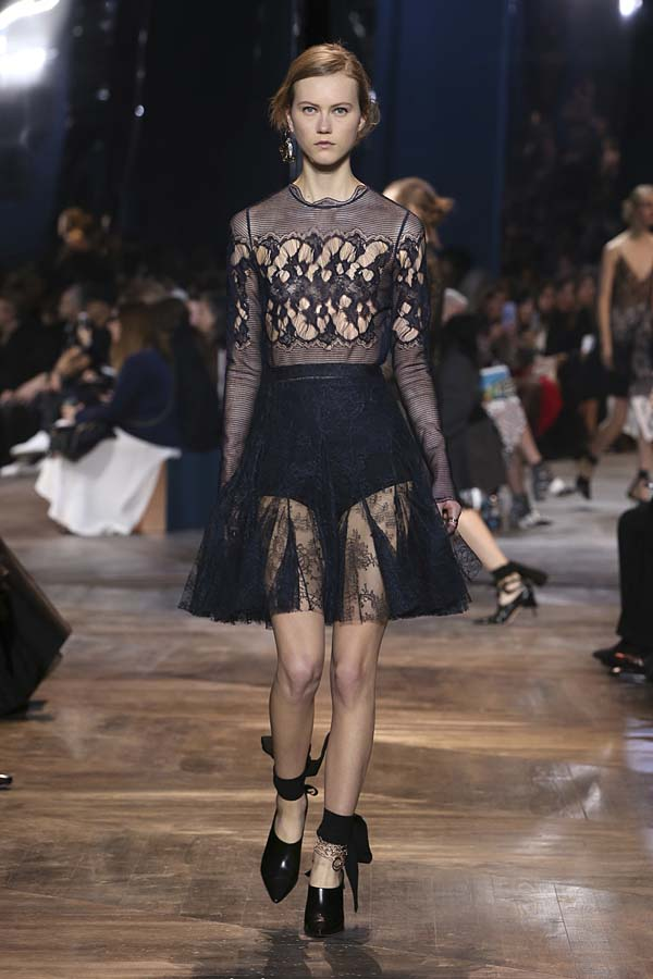 dior-spring-summer-2016-couture-outfit-32-blue-sheer-dress-lace