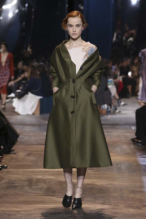 dior-spring-summer-2016-couture-outfit-39-khaki-dress-jacket