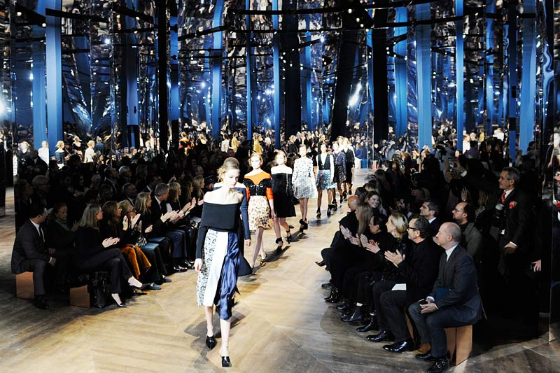 dior-spring-summer-2016-couture-outfits-dresses-fashion-show-latest
