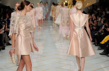 guo-pei-spring-summer-2016-couture-show-finale