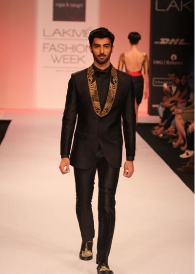 indian-men-designer-wedding-marriage-outfit-dress-clothing-black-suit-rajat-tangri