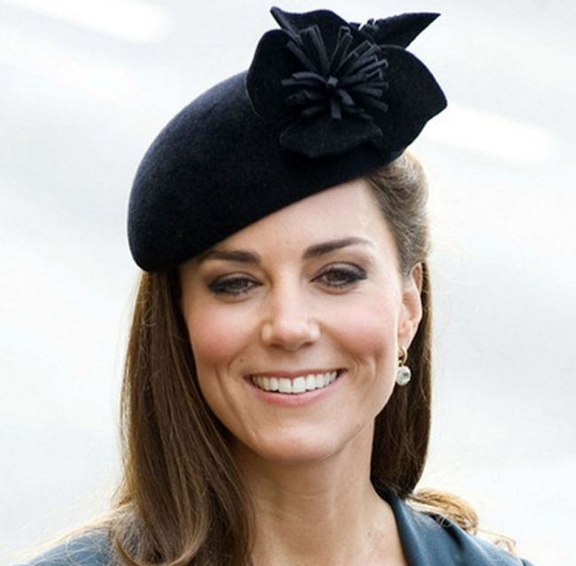 kate-middleton-best-black--felt-tassle-decorative-flower-hat-dutchess-style-celeb-princess-look-fashion