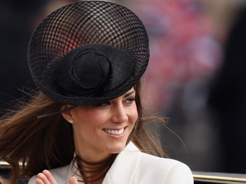 kate-middleton-best-black-hat-feather-designer-fashion-celeb-princess-look