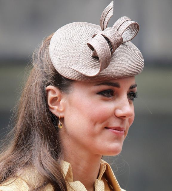 kate-middleton-best-hat-brown-ribbon-bow-twirl-celeb-princess-look-fashion