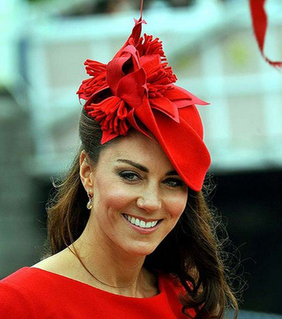 kate-middleton-best-red-hat-side-celeb-princess-look-fashion-tassle