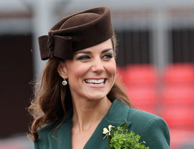 kate-middleton-brown-color-felt-hat-bow-celeb-princess-look