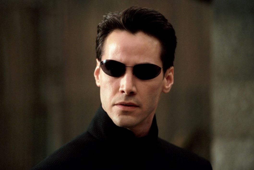 keunau-revees-matrix-movie-most-iconic-hollywood-actor-sunglasses-oval