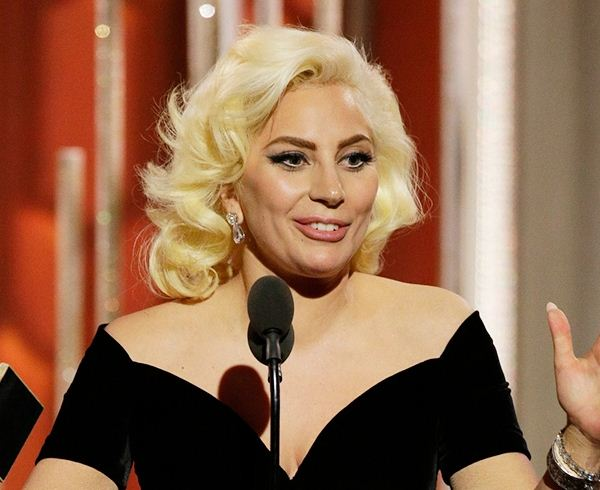 lady-gaga-hair-golden-globe-2016-short-party-wavy-hairstyle-blonde-red-carpet-marilyn-monroe