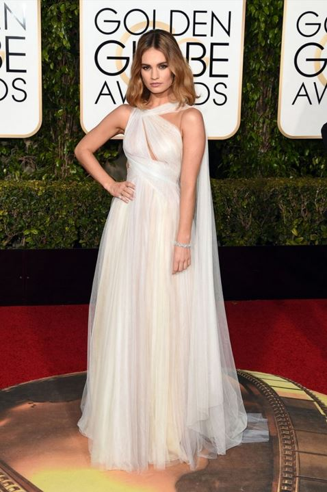 lily-james-marchesa-white-gown-golden-globe-awards-2016-celebrity-red-carpet-dresses