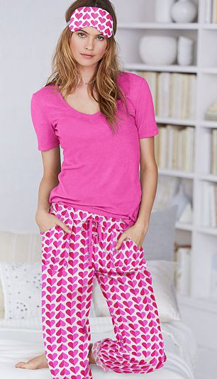 pink-hearts-mayfair-tee-jama-Pajama-Set-top-victorias-secret-sleepwear-for-women-winter-2016-best