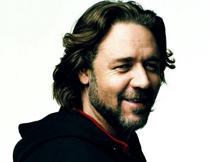 russell-crowe-beard-hollywood-actor-latest-mens-hairstyle-2016-hair-cut-beard-trends