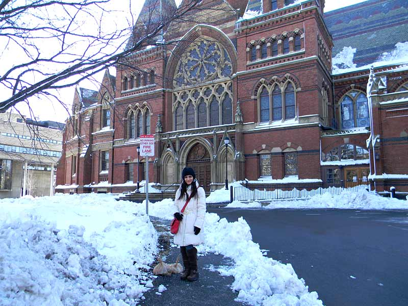 shilpa-ahuja-harvard-fashion-blogger-snow-white-coat-winter-jacket-outfi