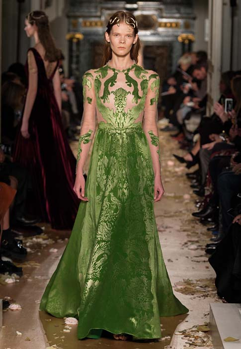 valentino-spring-2016-couture-dress-pfw-ss16-27-green-sheer-brocade-damask-pattern