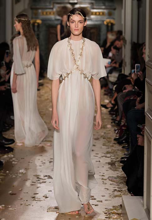 valentino-spring-2016-couture-dress-pfw-ss16-58-white-sheer-gown-body-chain-jewelry