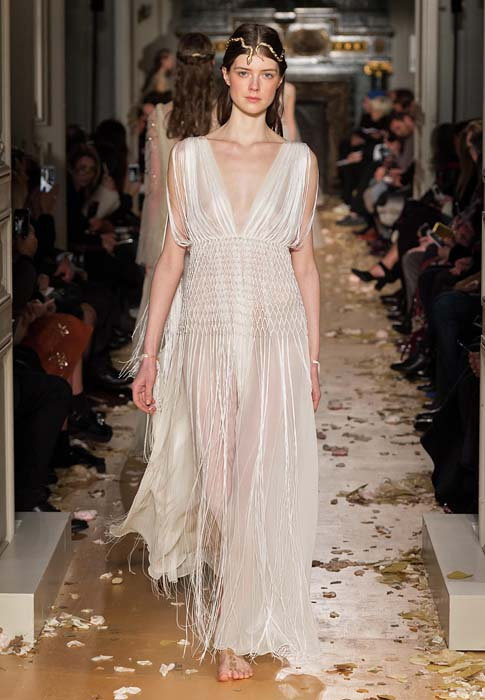 valentino-spring-2016-couture-dress-pfw-ss16-67-white-fringe-sheer-gown-empire-waist