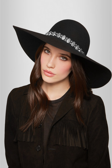 winter-accessories-latest-trends-women-hats-caps-chain-black-fedora
