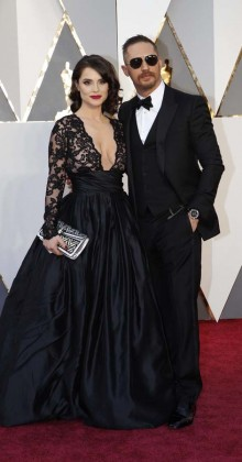 Charlotte Riley and Tom Hardy-Oscars-awards-Red-carpet-2016-mens-fashion-best-looks-tux