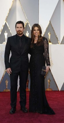 Christian Bale and Sibi Blazic -Oscars-awards-Red-carpet-2016-mens-fashion-best-looks-tux