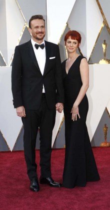 Jason Segel-Oscars-awards-Red-carpet-2016-mens-fashion-best-looks-tux