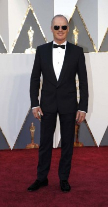 Michael Keaton-Oscars-awards-Red-carpet-2016-mens-fashion-best-looks-tux