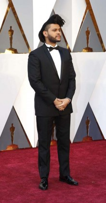 The Weeknd-Oscars-awards-Red-carpet-2016-mens-fashion-best-looks-tux