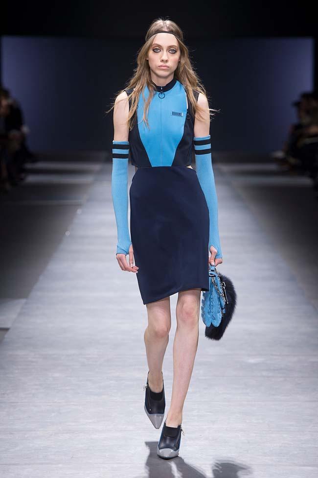 Versace_Women_FW16_011-fall-winter-2016-rtw-dresses-fashion-week-dress-designer