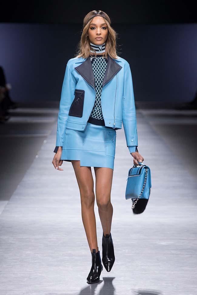 Versace_Women_FW16_014-fall-winter-2016-rtw-dresses-fashion-week-dress-designer