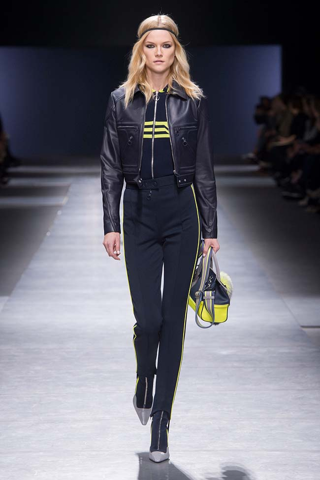 Versace_Women_FW16_026-fall-winter-2016-latest-fashion-trends-runway-styles