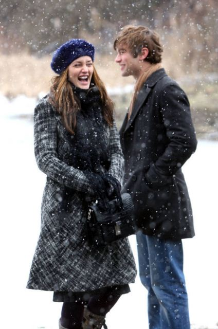 best-gossip-girl-winter-outfit-blair-waldorf-leighton-meester-nate-snow-scene