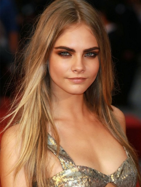 cara-delevingne-makeup-looks-super-model-hot-pics-dusky-makeup-hooded-eyes