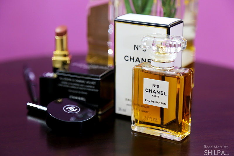 chanel-makeup-perfume-no-5-blogger-shilpa-ahuja-fashion-blog-look-collab-purple