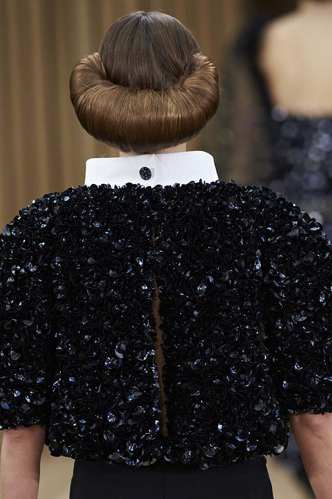 chanel-spring-2016-couture-fashion-show-ss16-detail-back-black-jacket-hair