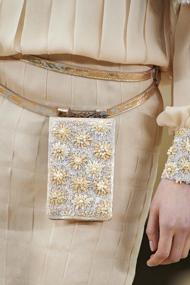 chanel-spring-2016-couture-fashion-show-ss16-detail-floral-fanny-pack