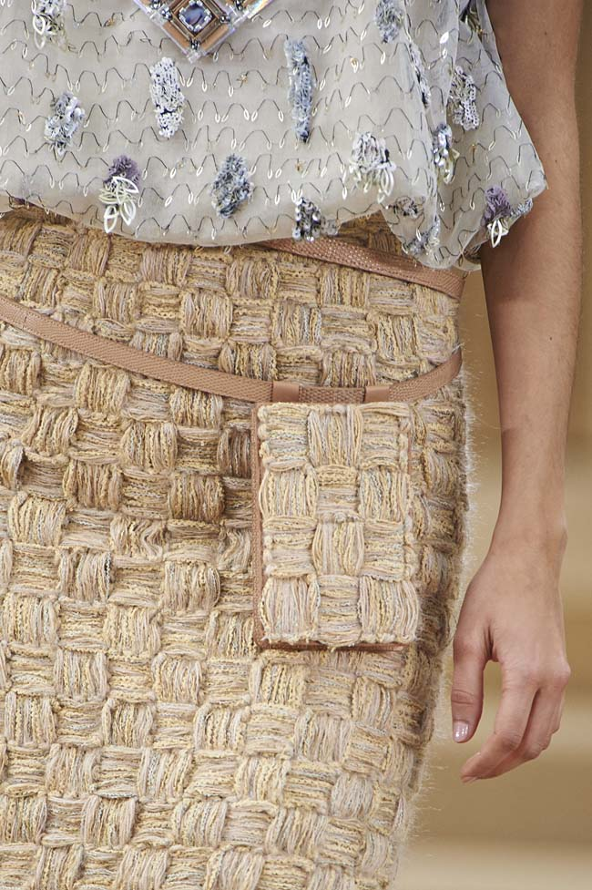 chanel-spring-2016-couture-fashion-show-ss16-detail-smartphone-pouch-pack