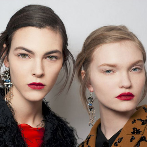 dior-latest-makeup-trends-styles-spring-summer-2016-look-red-lipstick-couture-fashion-show