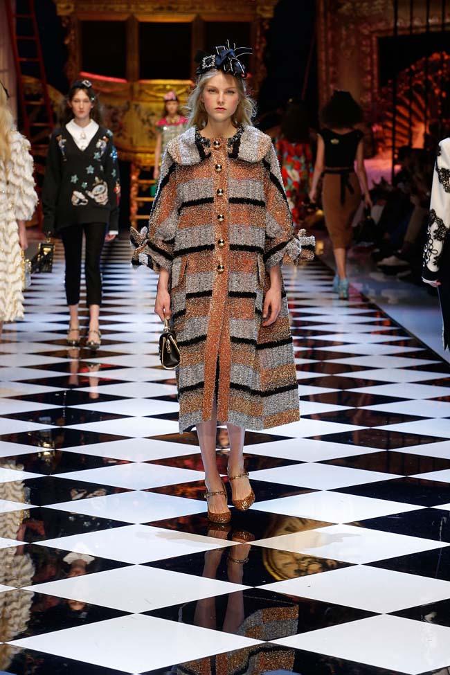 dolce-and-gabbana-fall-winter-2016-17-women-fashion-show-runway-11-