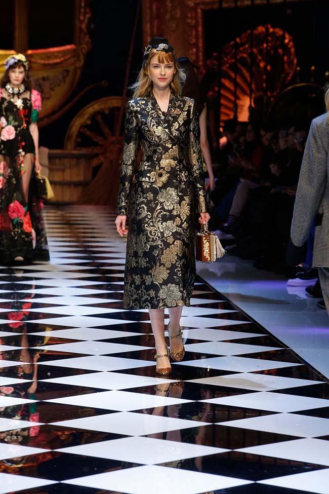 dolce-and-gabbana-fall-winter-2016-17-women-fashion-show-runway-58-
