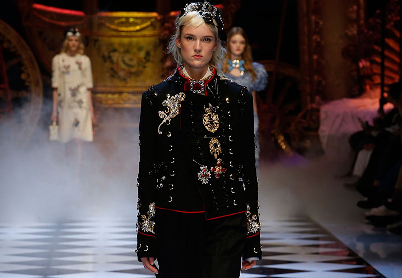 dolce-and-gabbana-fall-winter-2016-17-women-fashion-show-runway-look-black-outfit-embellished-jacket