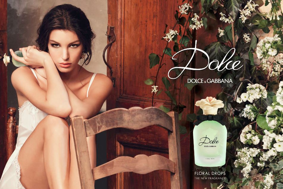 dolce-&-gabbana-perfume-2016-latest-rosa-excelsa-ad-campaign-white-roses