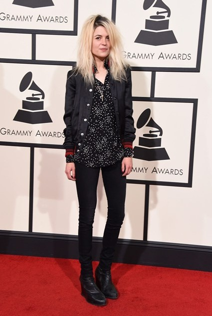 grammy-awards-2016-best-red-carpet-dresses-appearances-alison-mosshart