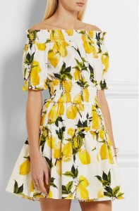 honeymoon-shopping-sexy-comfortable-outfit-floral-yellow-off-shoulder-dress