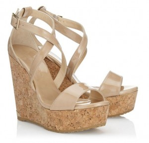 honeymoon-shopping-sexy-comfortable-outfit-shoes-nude-wedges