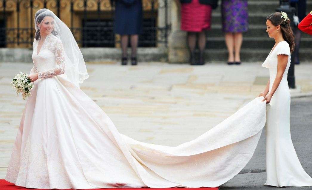 kate-middleton-wedding-dress-best-celebrity-wedding-dresses-bridal-white-trail-princess