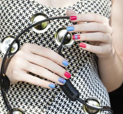 latest-nail-polish-trends-spring-summer-2016-nail-art-designs-bright-red-blue