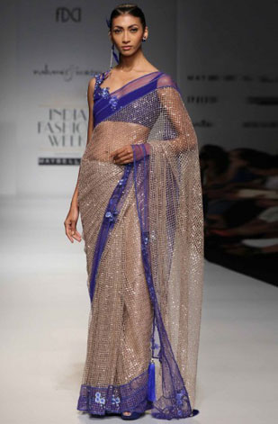latest-saree-trends-2016-designs-designer-border-rabani-n-rakha
