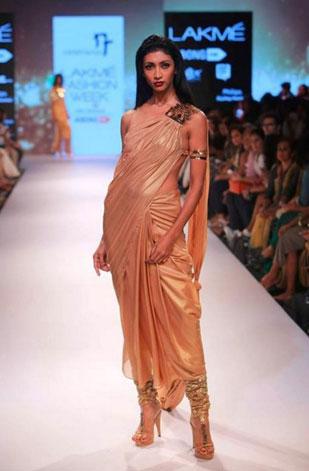 latest-saree-trends-2016-designs-designer-pre-draped-concept-nikhil-thampi