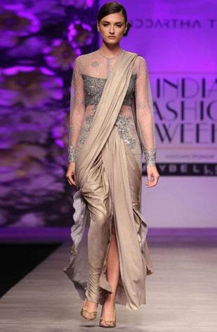 latest-saree-trends-2016-designs-designer-pre-draped-concept-siddartha-tytler