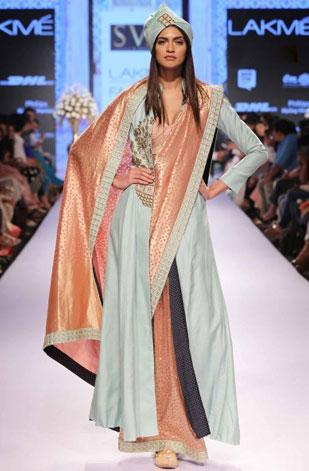 latest-saree-trends-2016-designs-designer-pre-draped-concept-sonam-n-paras-modi